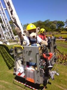 Builder Bear entertains kids and highlights site safety