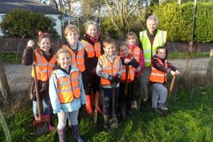 Mabel Wood Tree Planting - November 2013 (22)