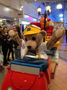 Builder Bear Lights up Festivities