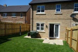 sunny-kingston-garden