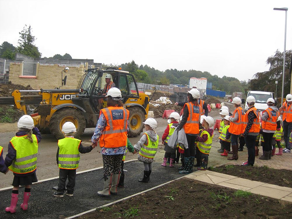 Visit to new homes construction site supports school project