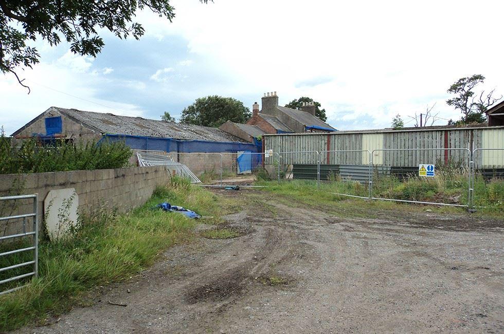 Pre-start - entrance to the original farm <span>1/3</span>