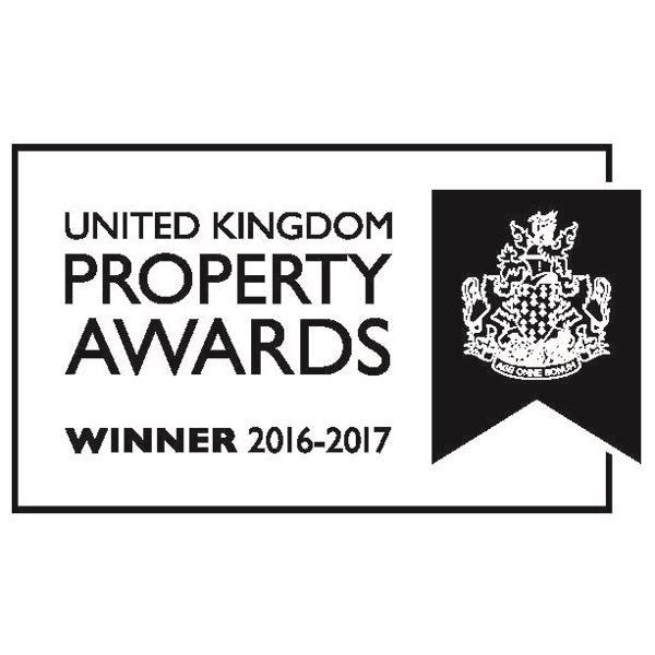 UK Property Award logo-600x600